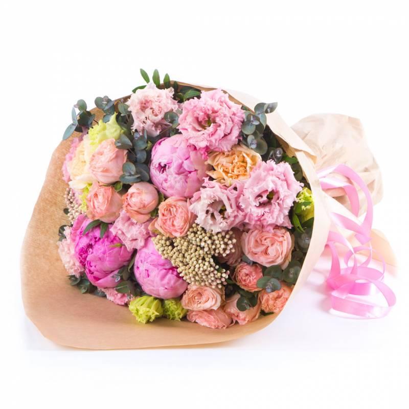 Пионы и розы бомбастик
