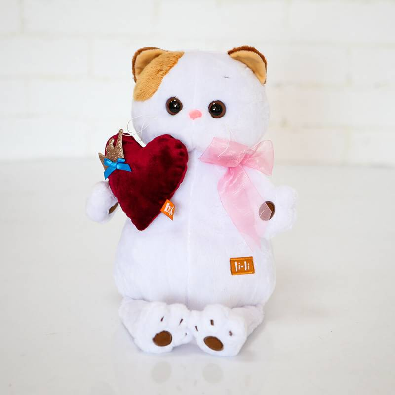 Мягкая игрушка Кошка Ли-ли с сердцем