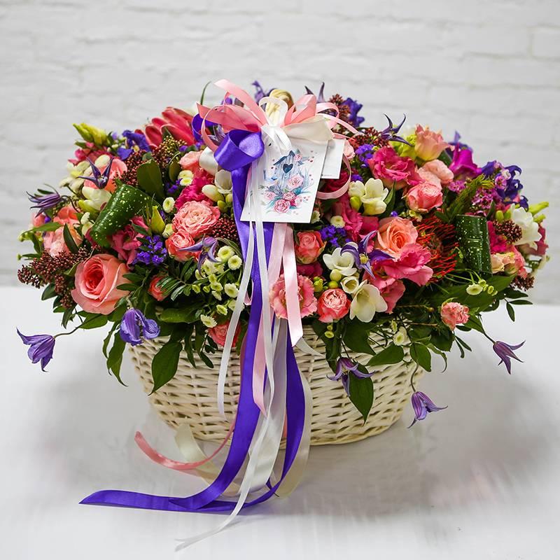 Vip корзина с экзотическими цветами