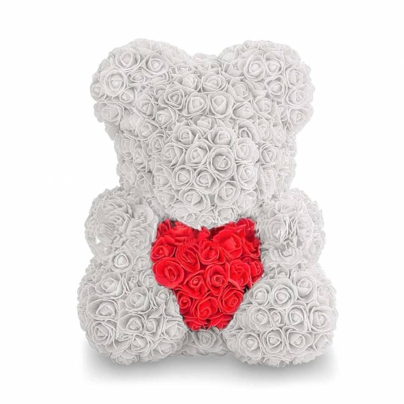 Белый  мишка из роз с сердцем