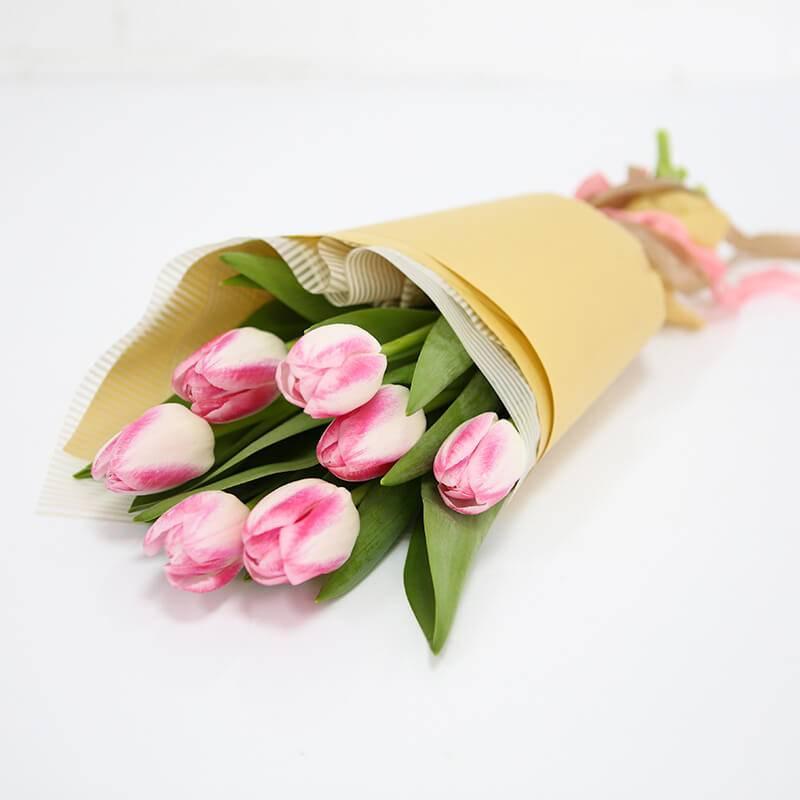 Букет из 7,15 и 25 нежно розовых тюльпанов