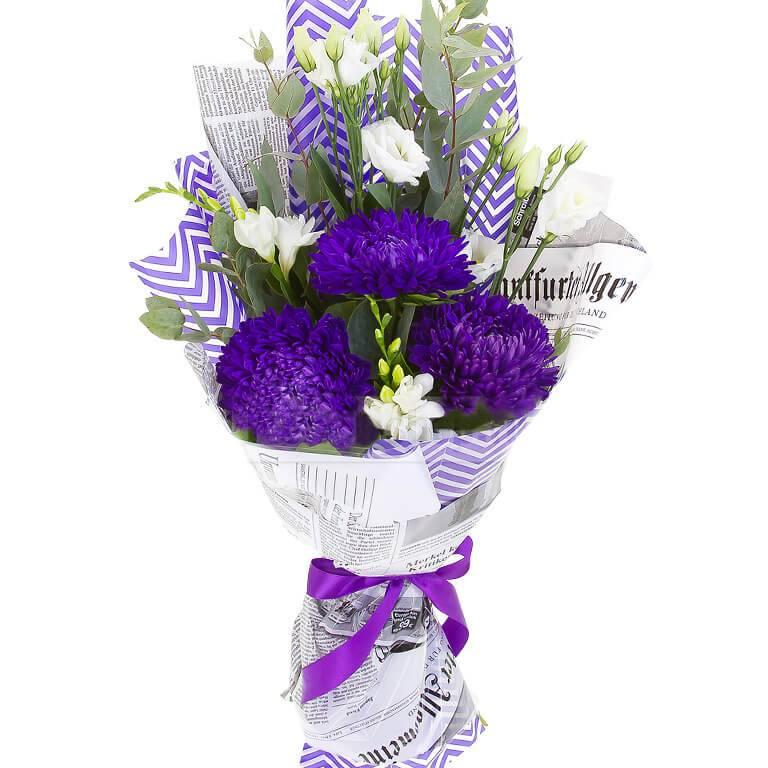 Букет из  фиолетовой астры