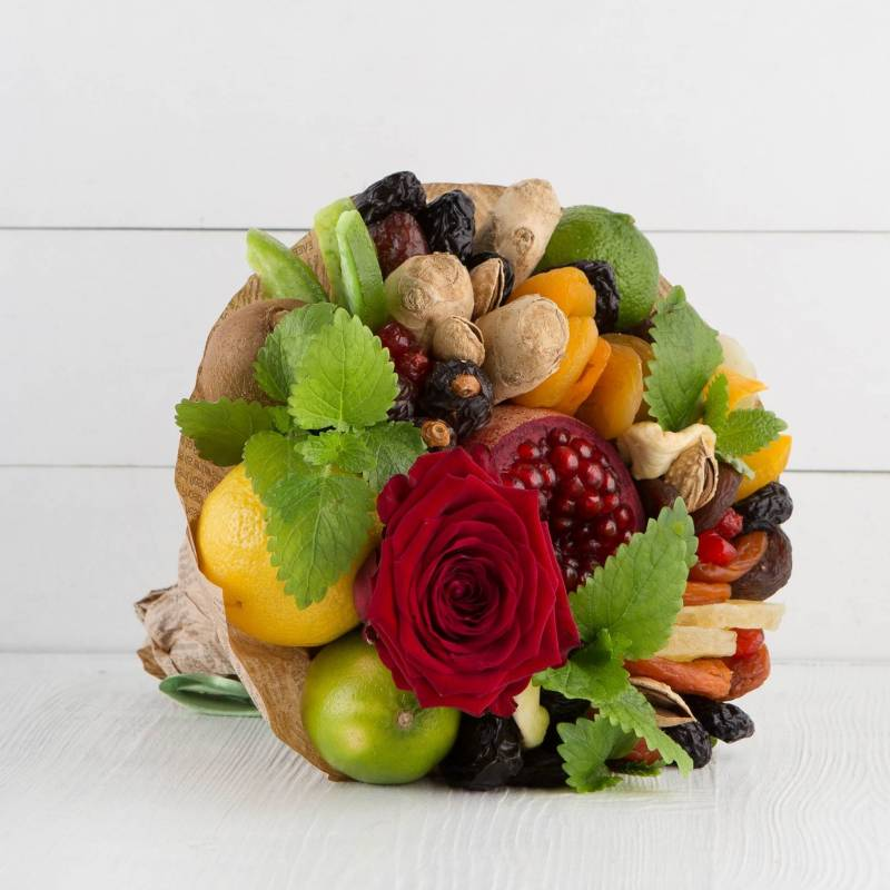 """Букет из фруктов и цветов """"Восточный колорит"""""""