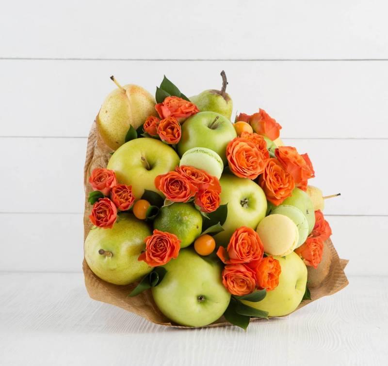 """Букет из фруктов и цветов """"Яблочный десерт"""""""