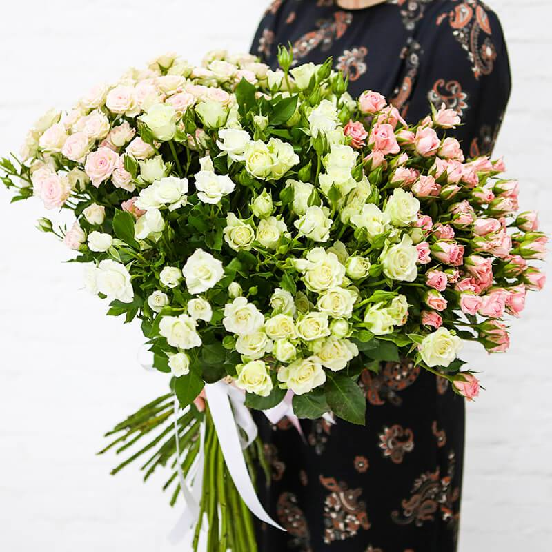 """Букет из мелкоцветных роз """"Любовное послание"""""""