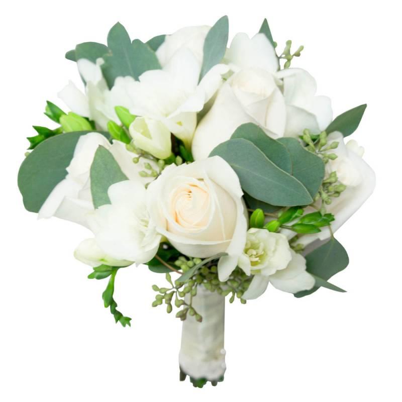 Маленький букет невесты из роз и фрезии