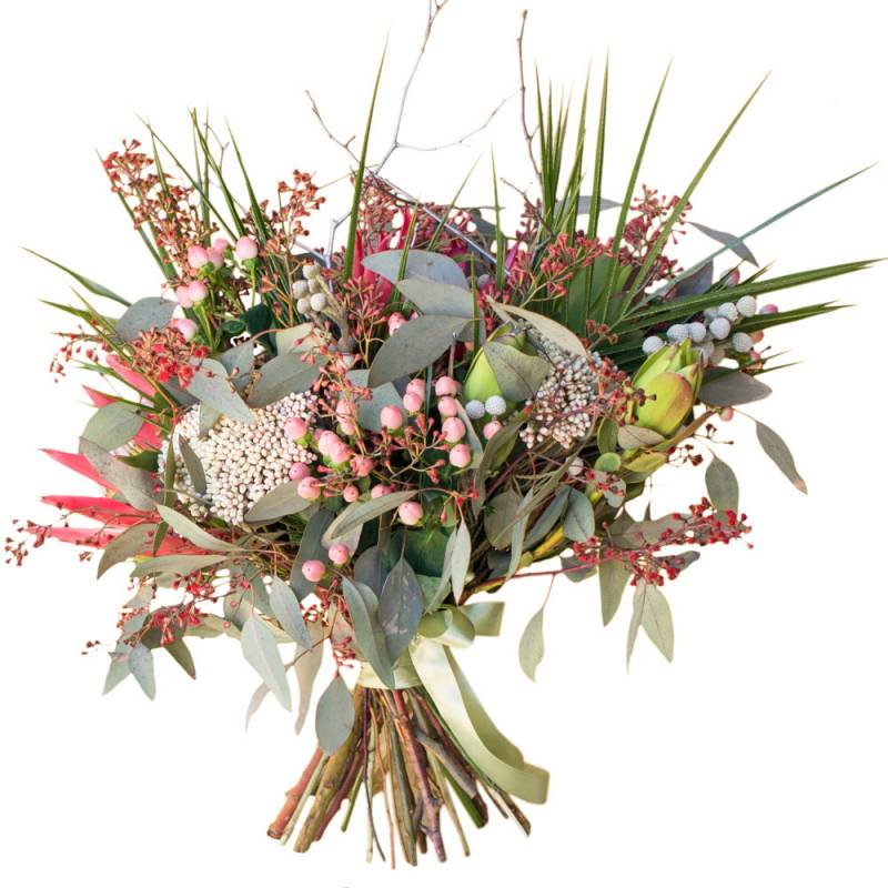 Букет невесты из экзотических цветов с протеей.
