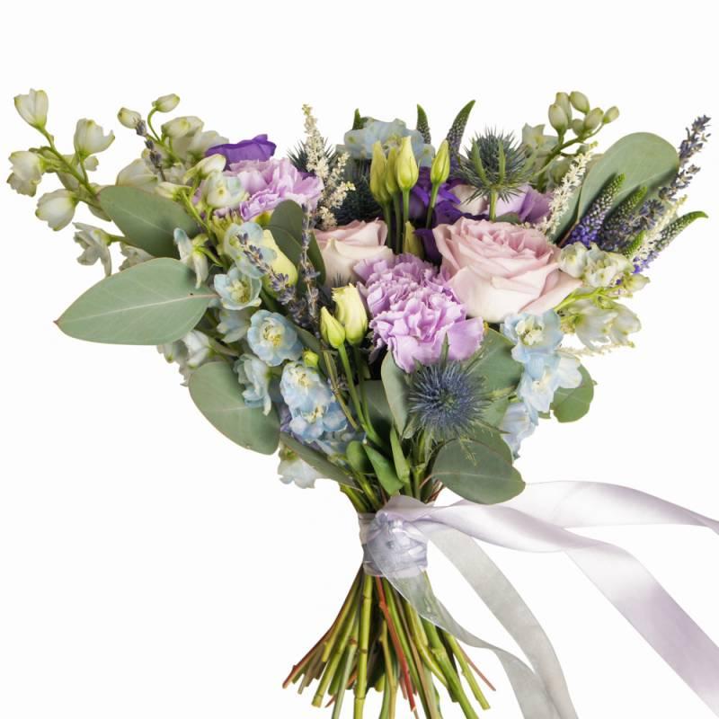 Букет невесты с розами и лавандой
