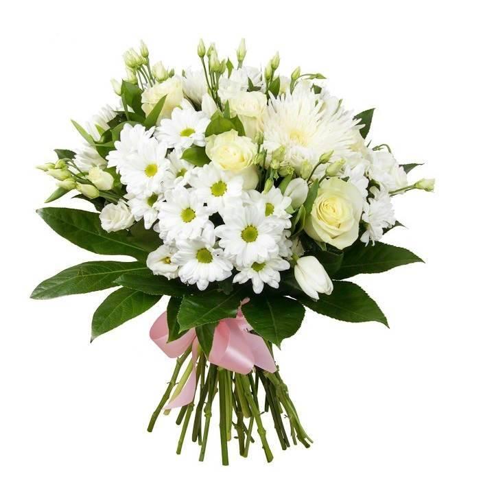 """Букет из роз и белых хризантем """"Сказки Андерсена"""""""