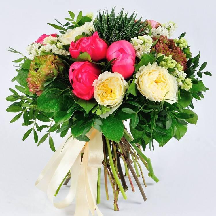 """Букет из экзотических цветов """"Ветер с экватора"""""""