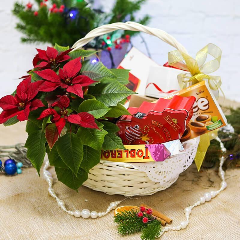 """Подарочная корзина """"С Новым годом"""""""