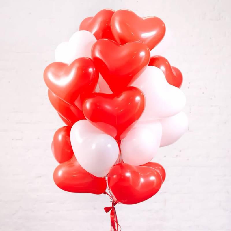 Связка из 25 шаров в форме сердца
