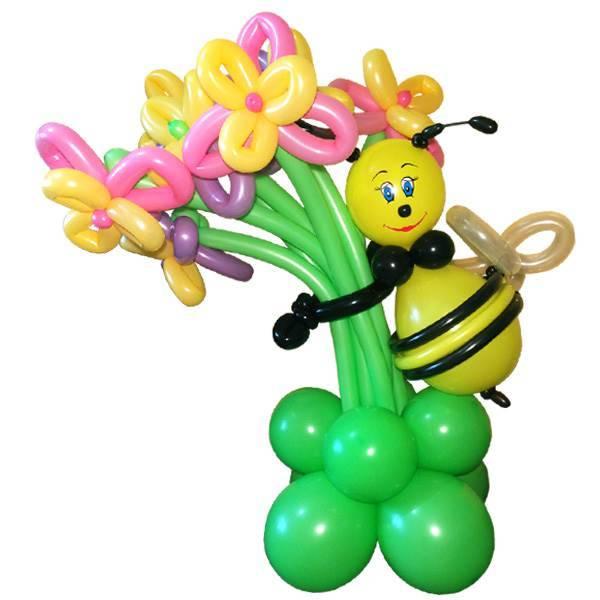 """Фигура из шаров """"Пчелка с букетом"""""""