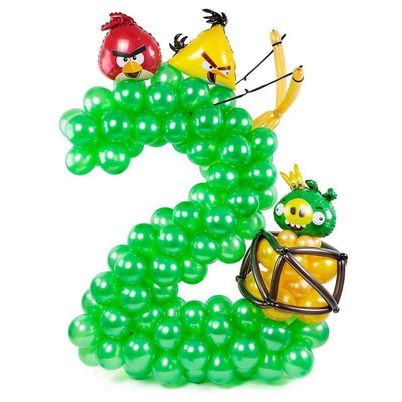 "Цифра, плетённая из шаров ""Angry Birds"""