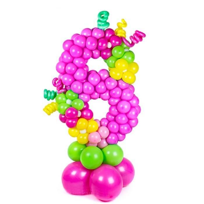 "Цифра ""8"", плетённая из шаров"