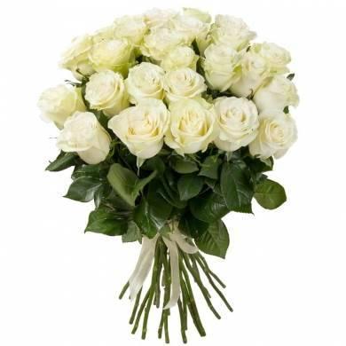 """Букет из 25 белых импортных роз """"Ирбис"""""""