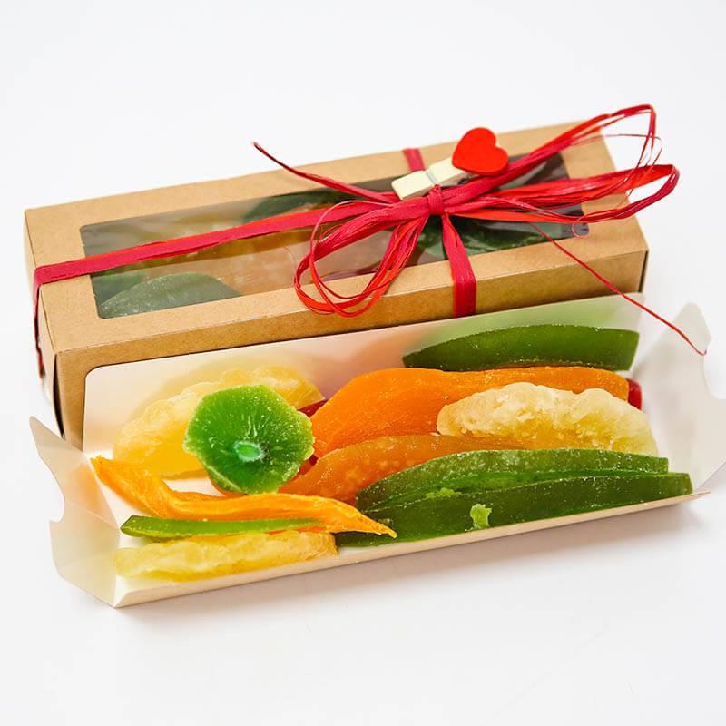 Сушеные экзотические фрукты в подарочной коробке