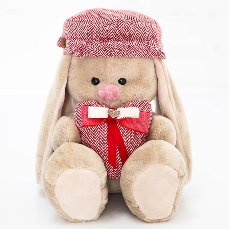 Мягкая игрушка Зайка Ми в кепке с сердечком