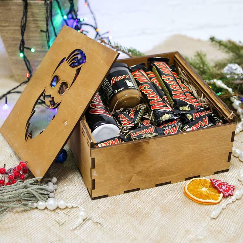 Набор сладостей Mars в деревянном ящике