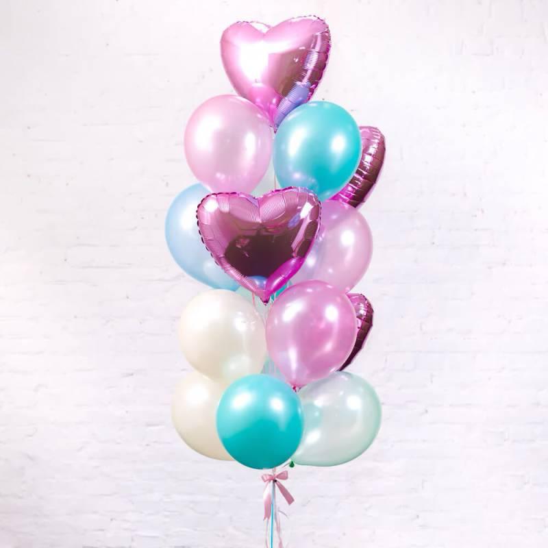 Нежный букет из шаров на подарок для девушки