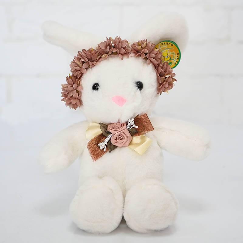 Мягкая игрушка Зайка с венком 25 см