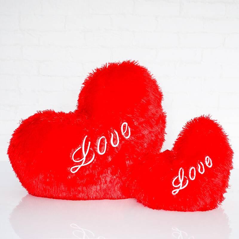 Подушка в форме сердца 50 см.