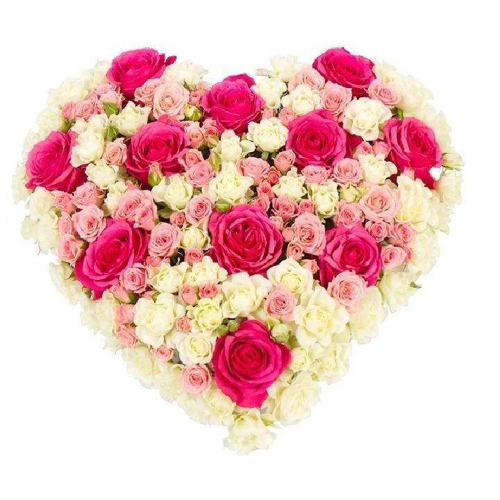 Сердце из мелко цветных роз