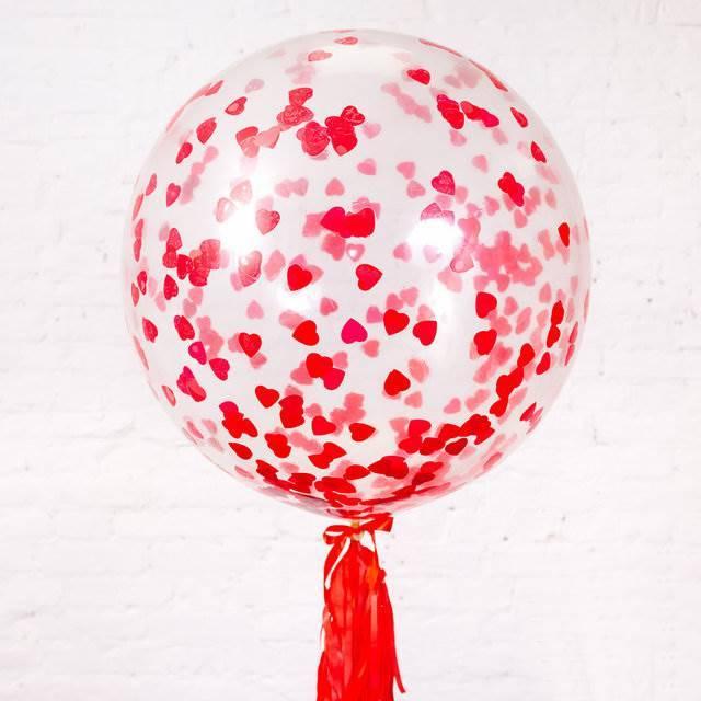 Шар-гигант прозрачный с конфетти и красным тасселом