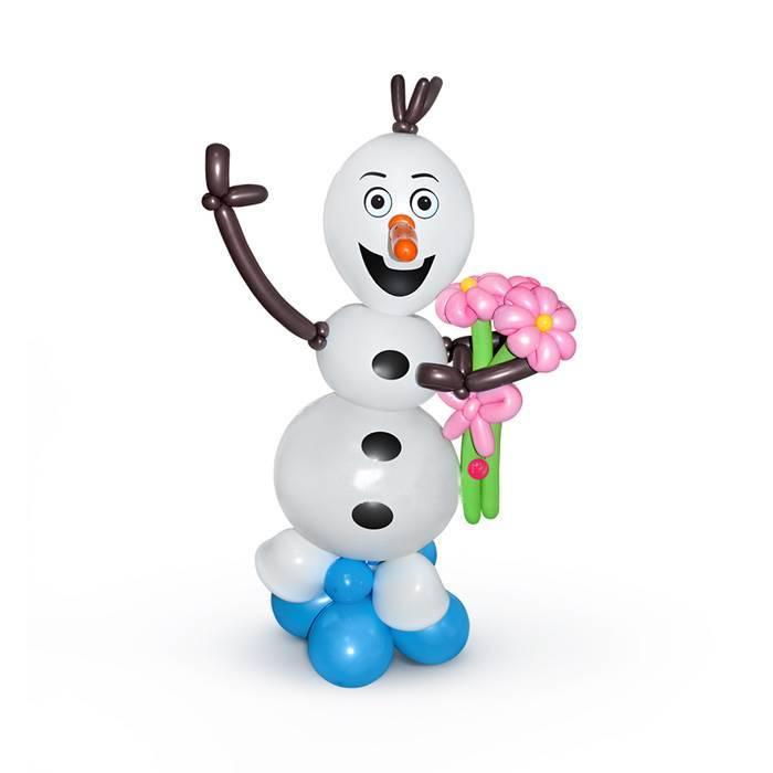 Снеговик Олаф из шаров.