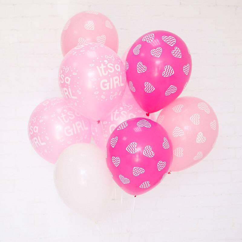 Связка воздушных шаров для выписки из роддома девочки