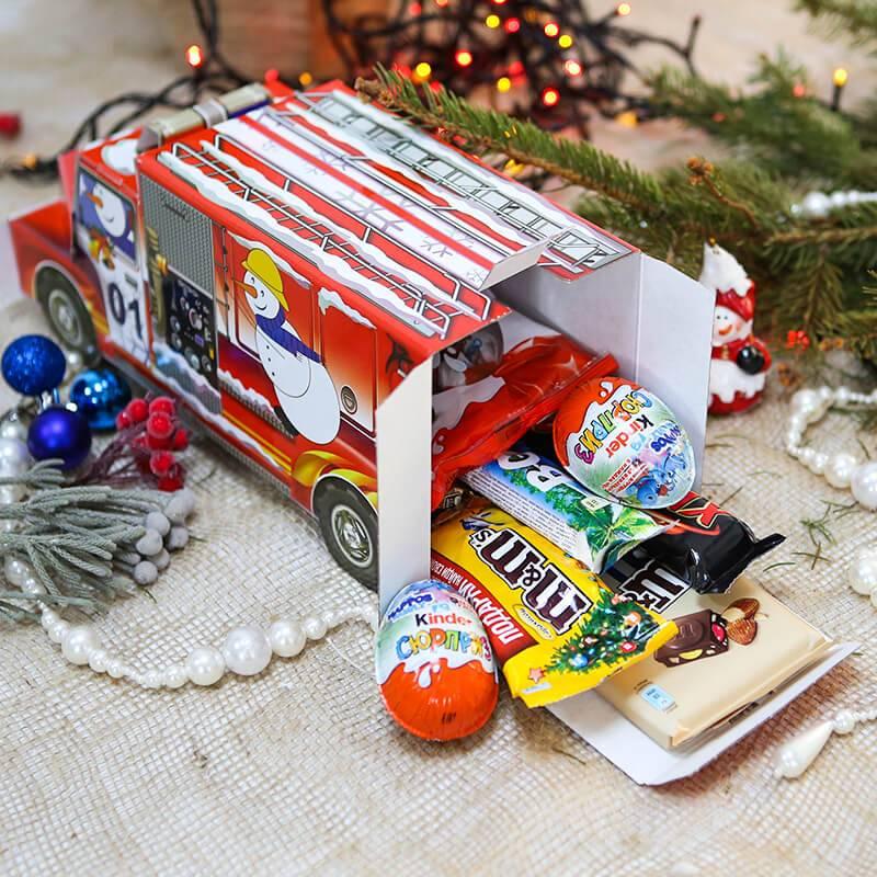 """Набор сладостей""""Пожарная машина со сладостями"""""""