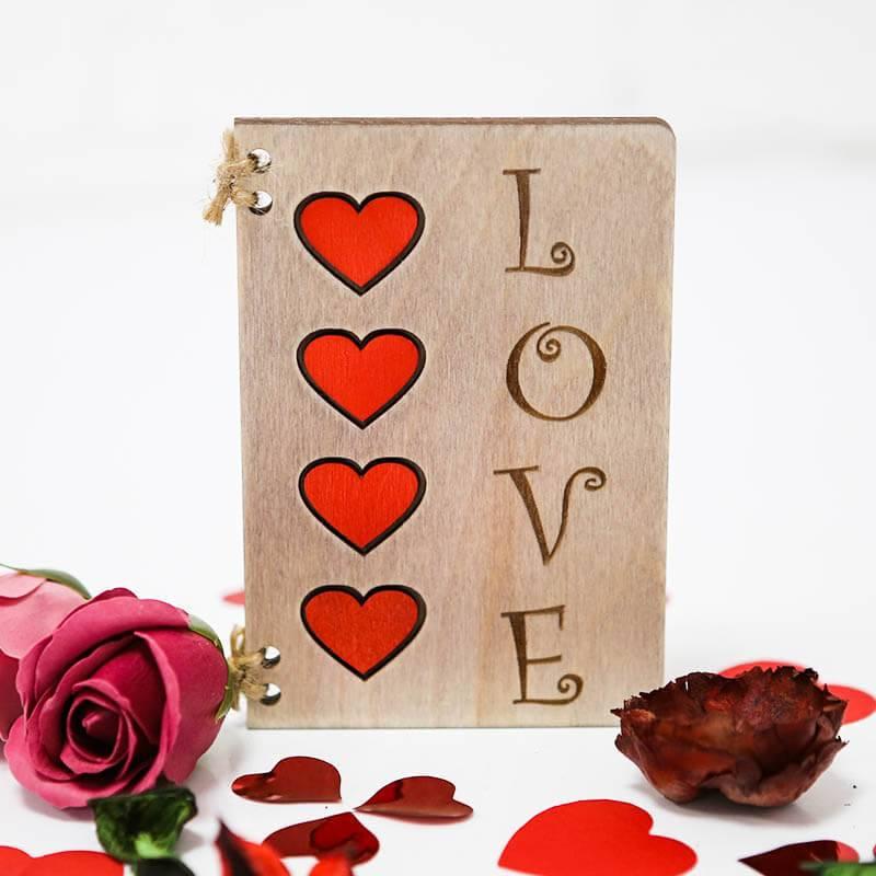 Деревянная открытка ручной работы «Love»